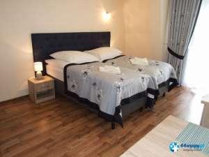 Nowocześnie urządzony dwuosobowy apartament z balkonem - VM 05-44