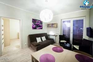 Jasny i komfortowy apartament z zielonym tarasem - Pegaz 22-05